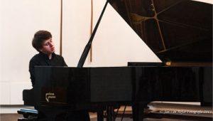 Concert door meesterpianist Vitaly Pisarenko op de Yamaha C3 vleugel van Prima Piano.(foto:Jan van Aefst)